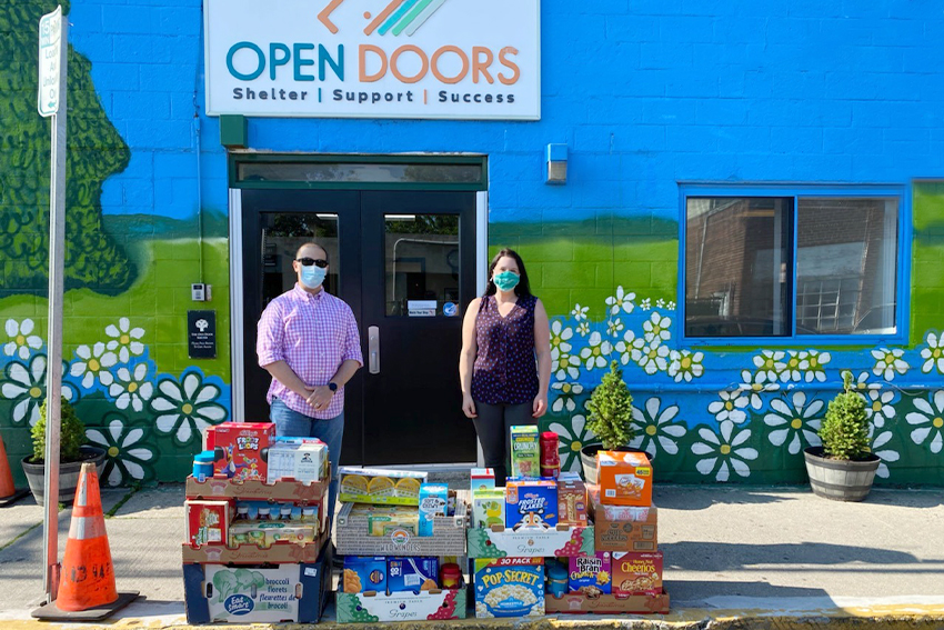 Connecticut Community Bank Gives Back During the Pandemic